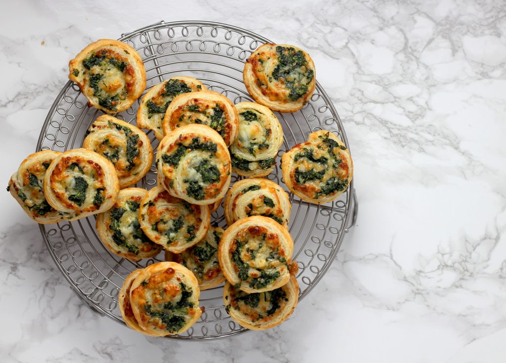 Spinach and cheese pastry rolls
